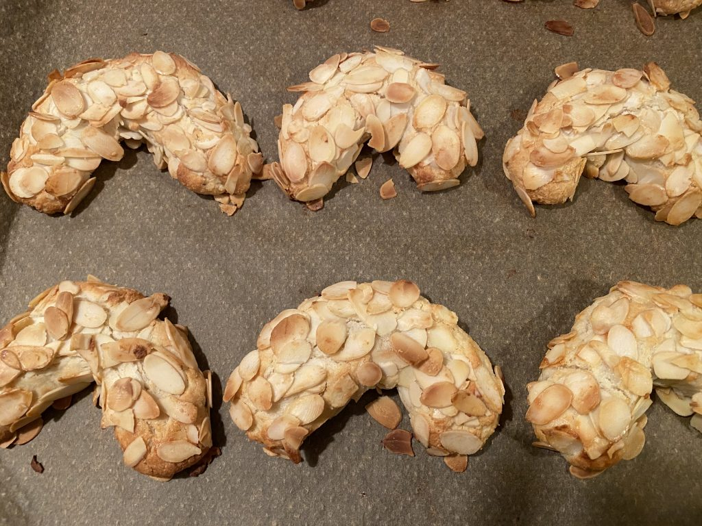 Rezept für Mandelhörnchen: Mandelhörnchen aus dem Ofen